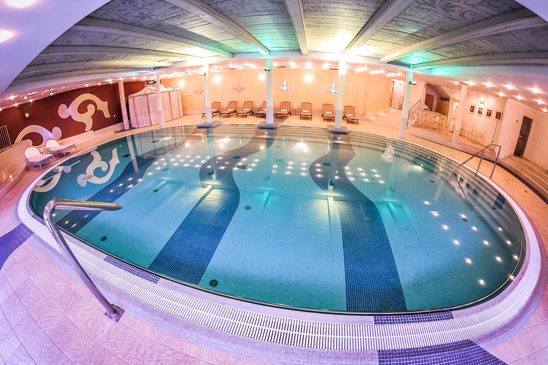 Dwór Oliwski basen