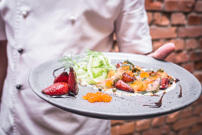 Eliksir Gdańsk 3 1 - The Pomorskie Region. Kashubian strawberries on the plate