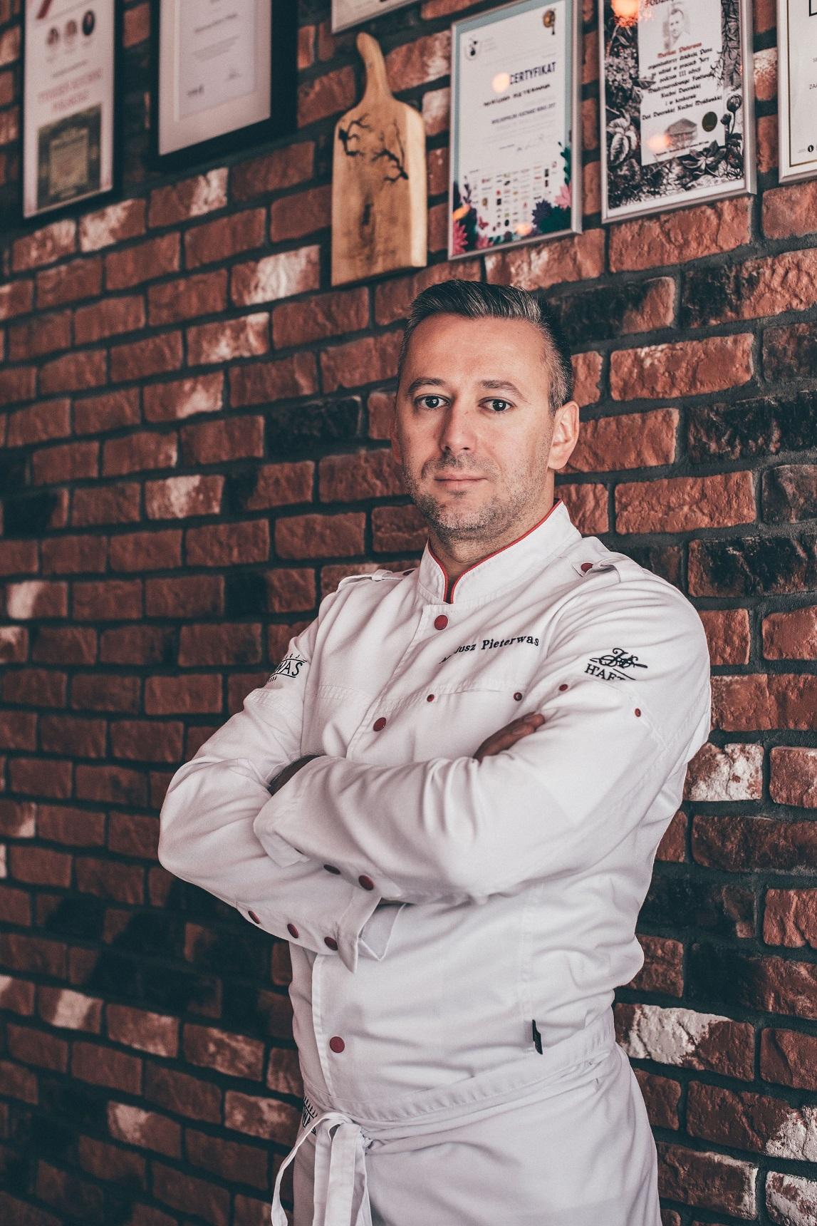 Właściciel restauracji Pieterwas Krew i Woda w Gdyni