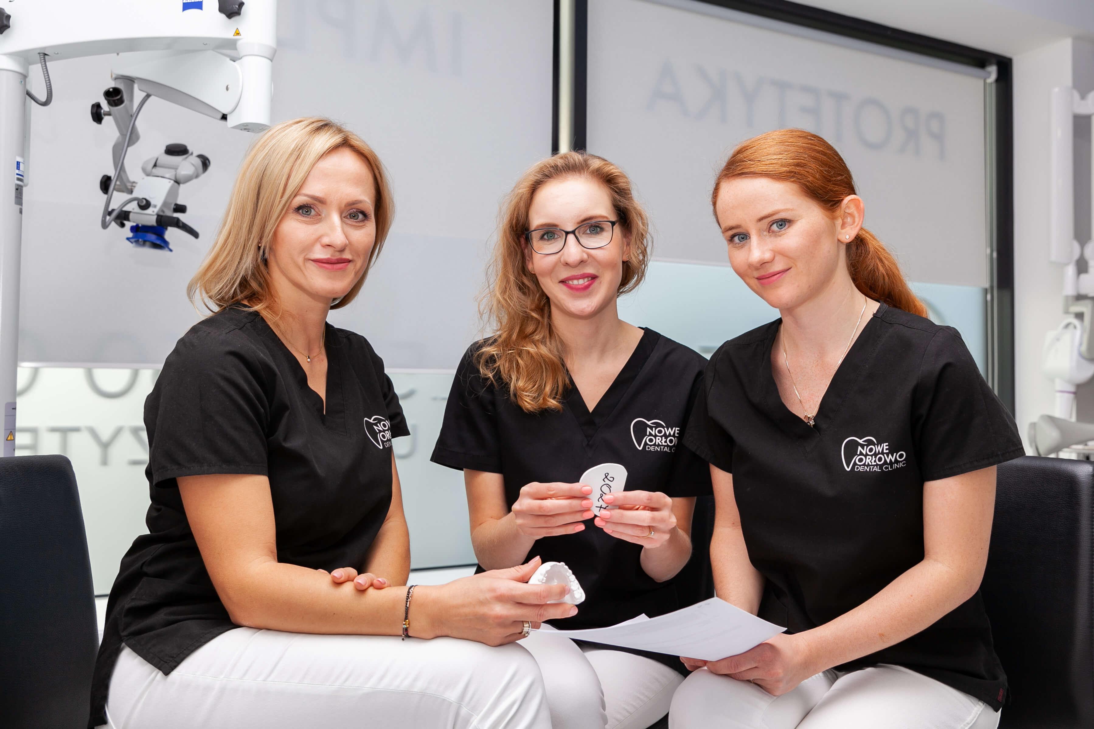 Zespól lekarzy w Nowe Orłowo Dental Clinic