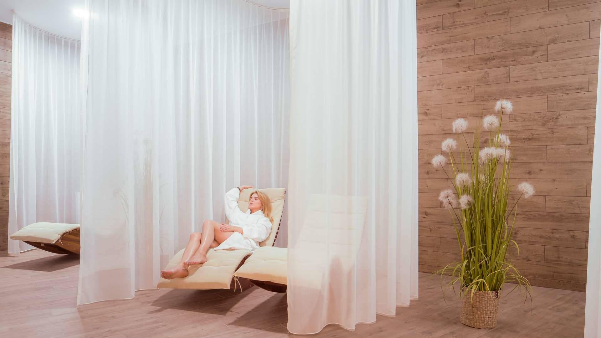 Notera Hotel SPA wypoczywalnia w spa - Pomorskie SPA na Dzień Kobiet