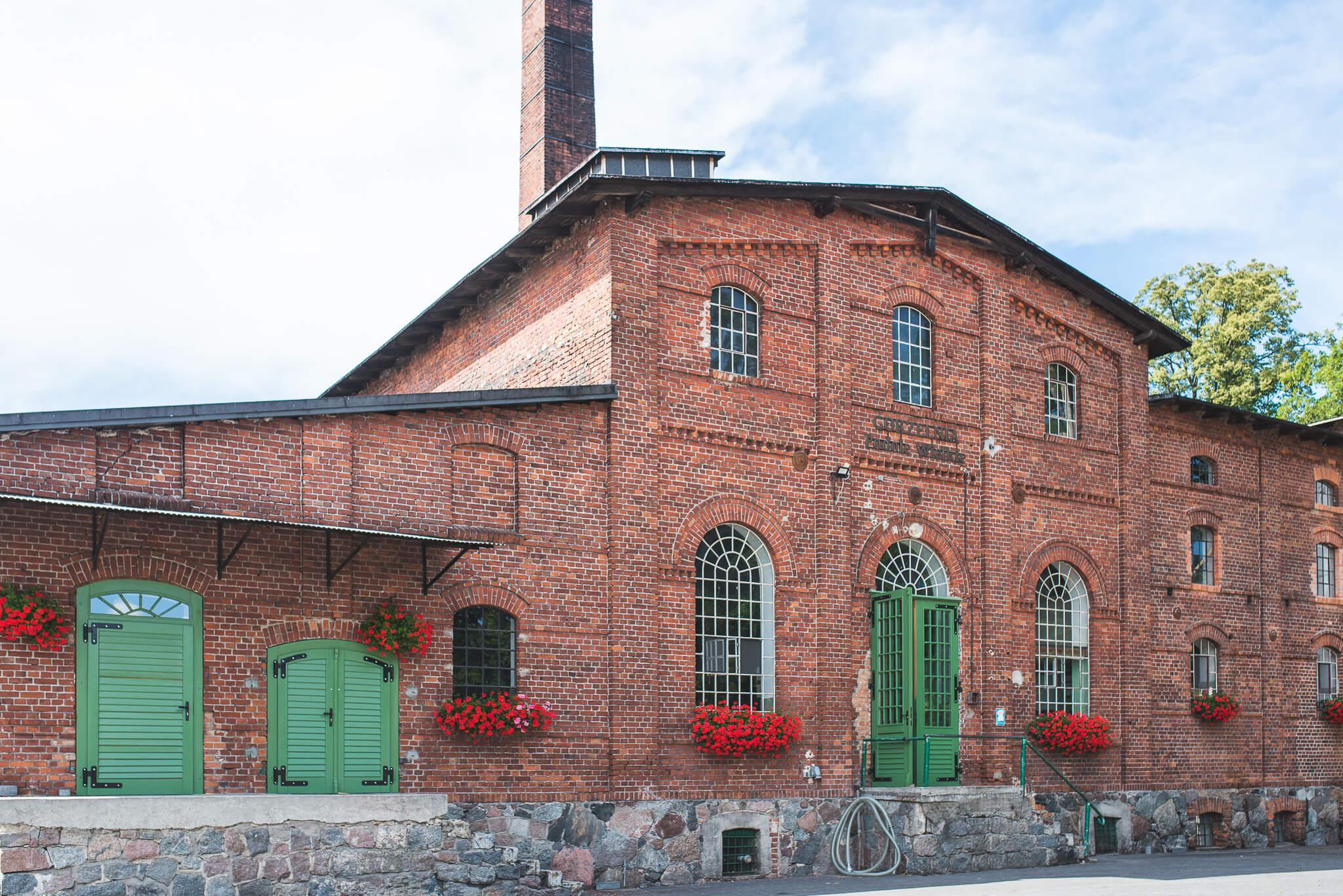 Gorzelnia Podole Wielkie 11 1 - Podole Wielkie. A distillery found on tradition