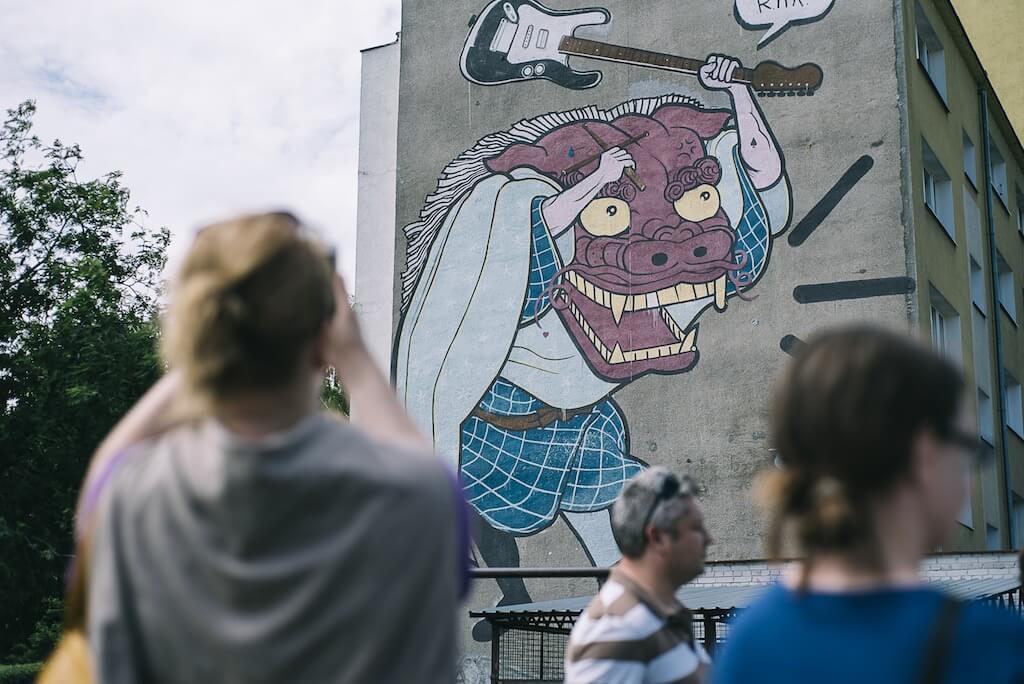 Spacer z przewodnikiem po muralach na Zaspie