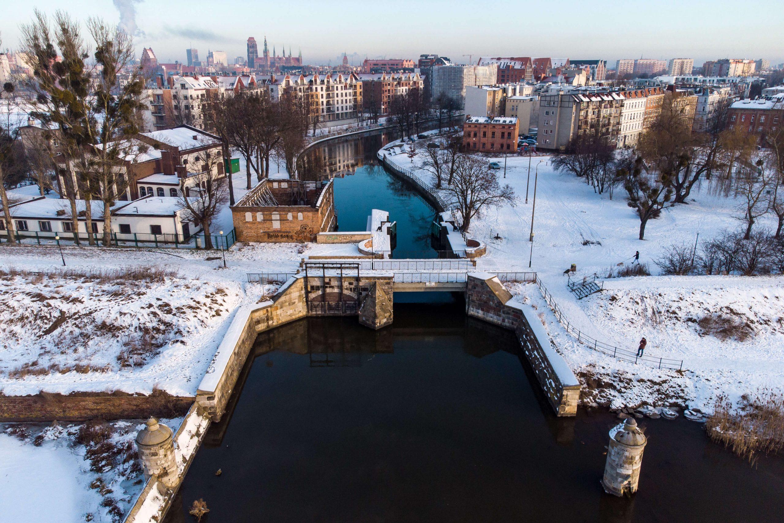 Gdansk zima 15 scaled - Gdańsk zimą jest piękny! Zimowy spacer po Dolnym Mieście