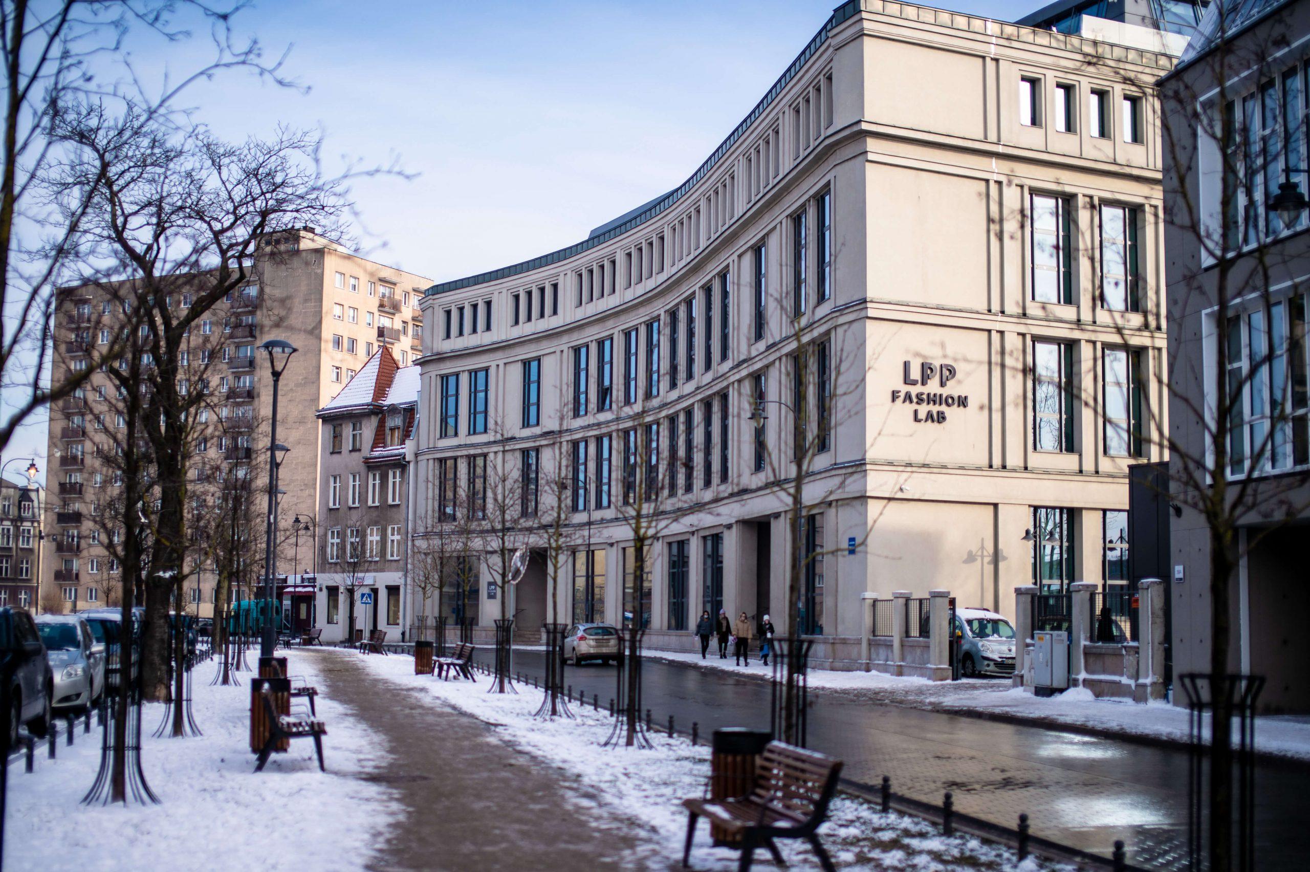 Gdansk zima 6 scaled - Gdańsk zimą jest piękny! Zimowy spacer po Dolnym Mieście