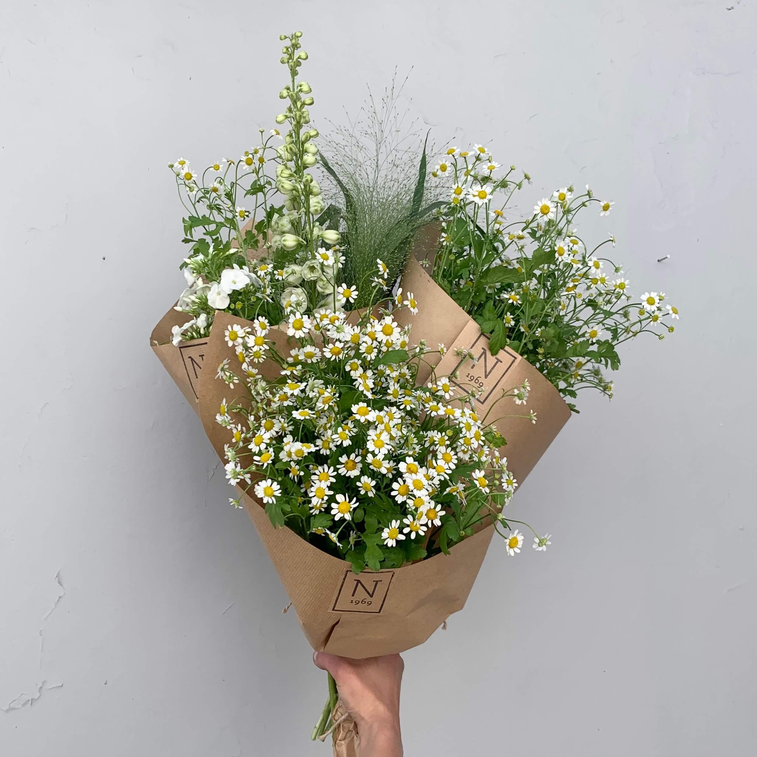 Bukiety w kwiaciarni z Gdańska