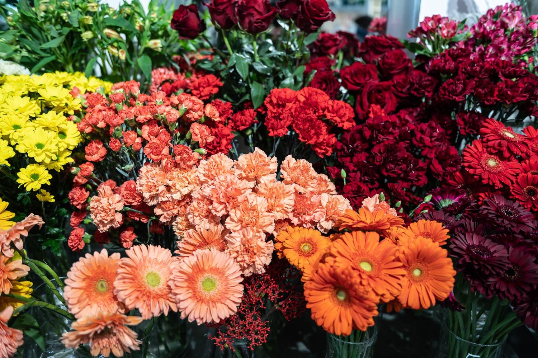 Prosta Forma kwiaciarnia Gdansk 14 - Dzień Kobiet. Gdzie kupimy piękne bukiety?