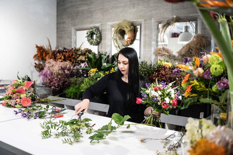 Prosta Forma kwiaciarnia Gdansk 15 - Dzień Kobiet. Gdzie kupimy piękne bukiety?
