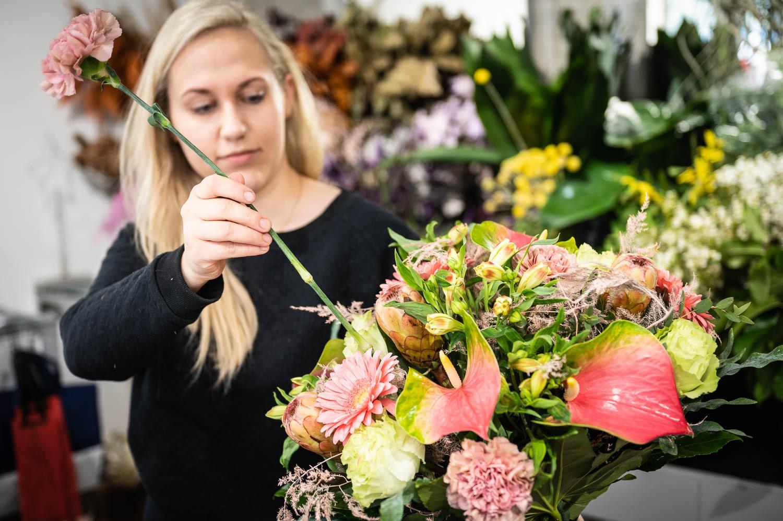 Prosta Forma kwiaciarnia Gdansk 16 - Dzień Kobiet. Gdzie kupimy piękne bukiety?