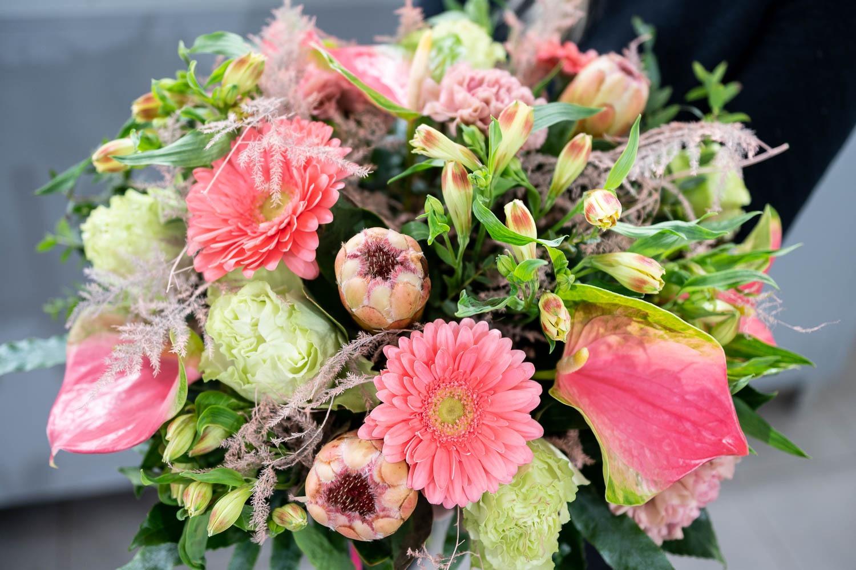 Prosta Forma kwiaciarnia Gdansk 19 - Dzień Kobiet. Gdzie kupimy piękne bukiety?