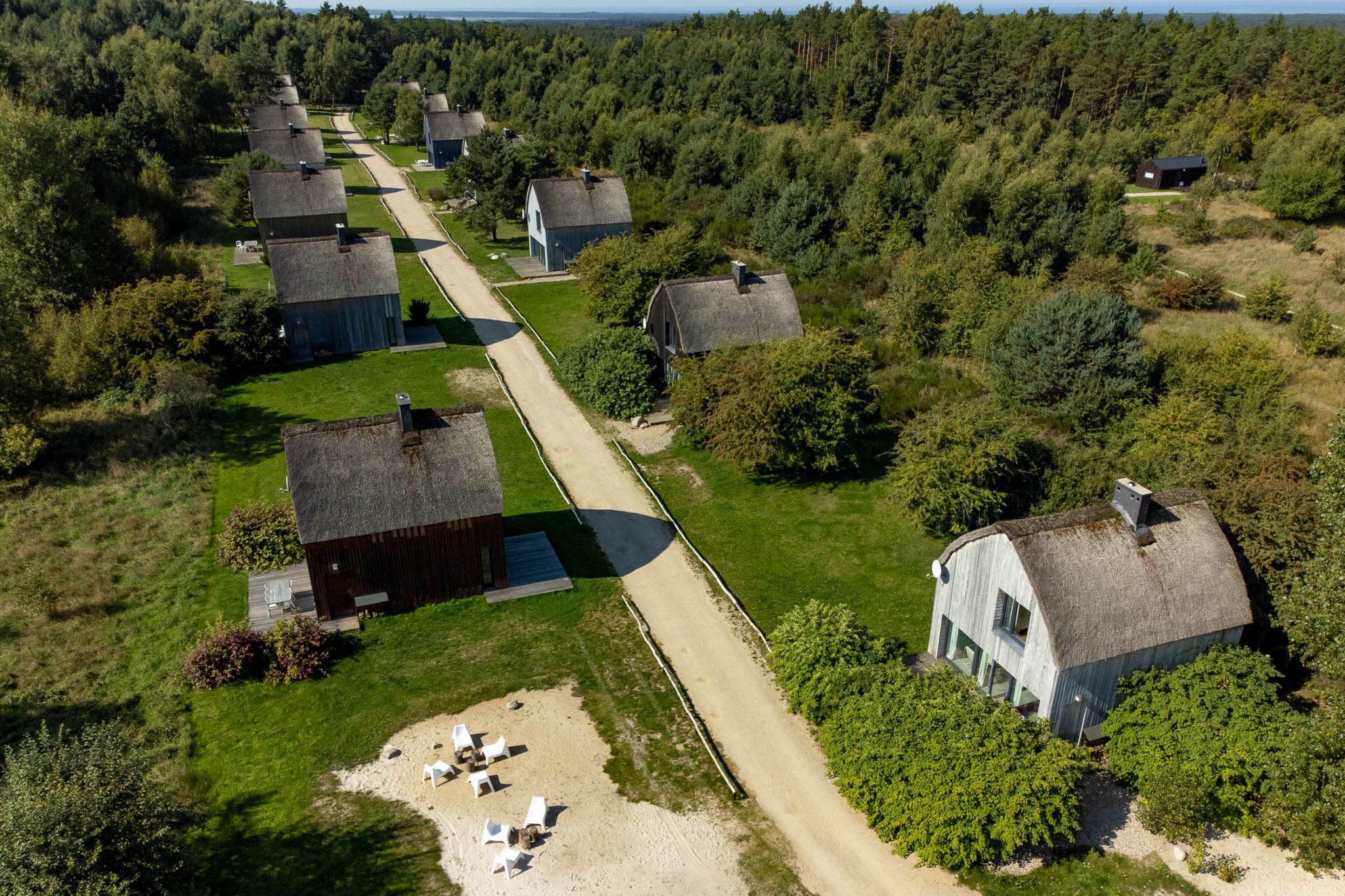 Cisowy Zakatek 7 - Cisowy Zakątek - niezwykłe domy nad morzem w Sasinie